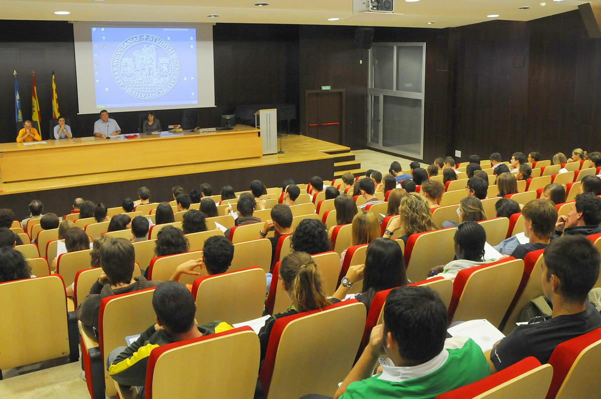 Aula Magna. Facultad de Empresa y Gestión Pública