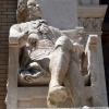 Estatua Andrés Piquer. Fachada Edificio Paraninfo